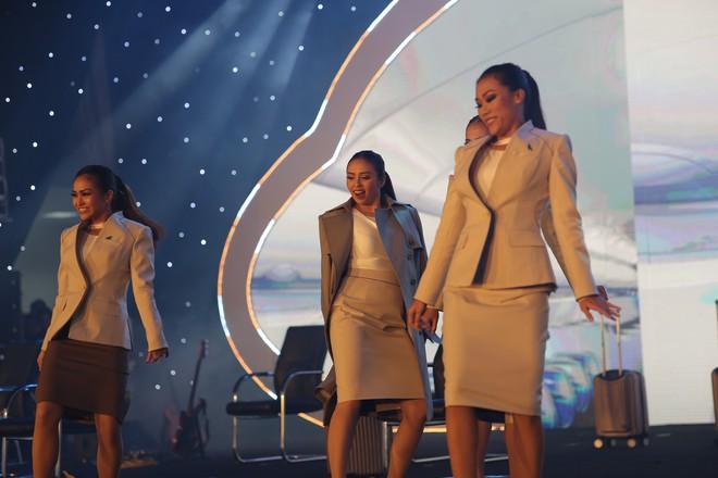 Cận cảnh đồng phục siêu đẹp của hãng hàng không Bamboo Airways - Ảnh 7.