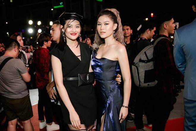 Ngọc Thanh Tâm khoe vẻ gợi cảm trong buổi ra mắt phim mới - Ảnh 8.