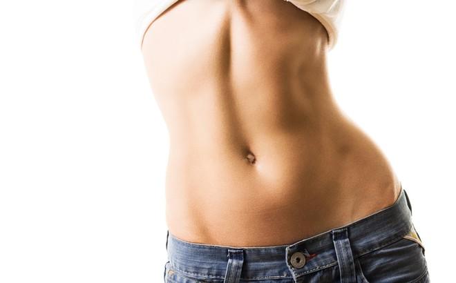 photo1533215901113 15332159011141266934982 - Xấu hổ vì bụng tích đầy mỡ: Đừng bỏ qua bài tập đánh tan mỡ bụng hiệu quả ngay tại nhà