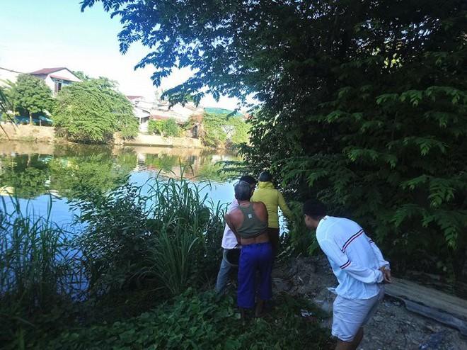 Kẻ nhiễm HIV chết nổi trên sông ở Huế: Đòi quan hệ với con riêng của nhân tình 3 ngày trước - Ảnh 1.
