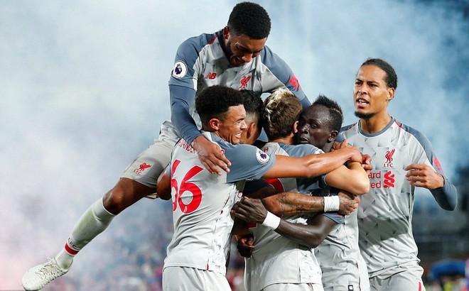 Chiến thắng theo cách khác lạ, Liverpool gửi lời thách thức đến Man City