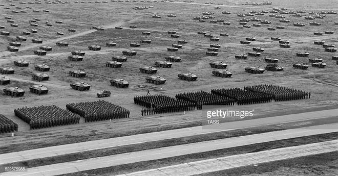 Những hình ảnh ấn tượng về cuộc tập trận lớn nhất lịch sử Liên Xô - ảnh 5