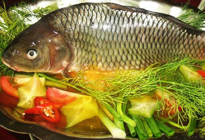 Kết hợp thế này khi nấu ăn, cá chép không chỉ ngon, bổ lại có thể được sử dụng làm thuốc chữa bệnh - Ảnh 1.