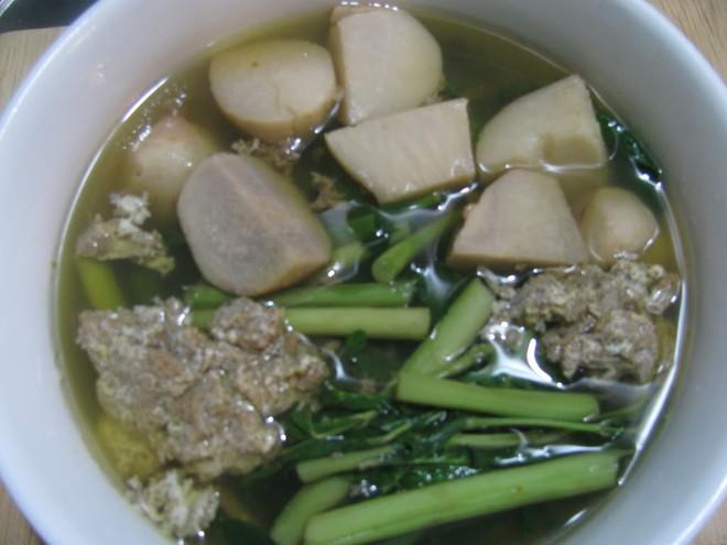 Món ăn từ cua đồng trị còi xương, tụ máu - Ảnh 1.