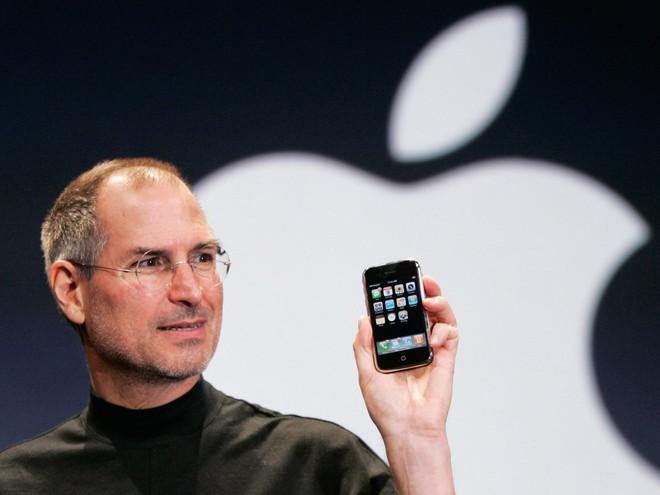 Chuyện thật như đùa: Steve Jobs làm ra iPhone là để trả đũa một nhân viên đáng ghét ở Microsoft? - Ảnh 3.