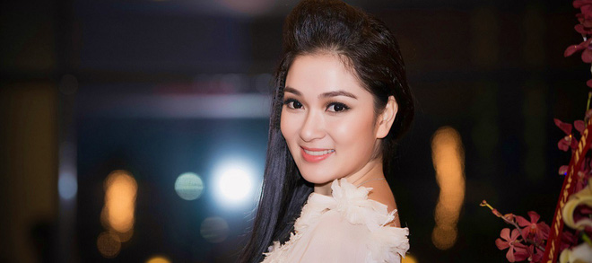 Hoa hậu Việt Nam từ Phạm Mai Phương đến Đỗ Mỹ Linh: Người dính tin đồn bắt cóc, kẻ bị đánh ghen, cạo đầu thị phi suốt 2 thập kỷ - Ảnh 2.