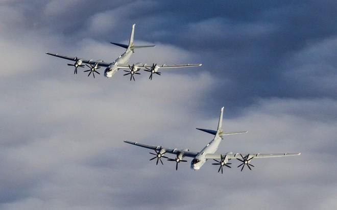 Máy bay ném bom Tu-95 Nga: Cơn ác mộng ám ảnh NATO đến tận năm 2040? - ảnh 1