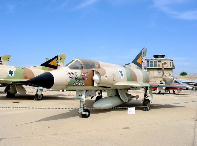 Cuộc chiến 6 ngày: Israel tập kích, tiêu diệt 300 máy bay, KQ Ai Cập tê liệt 1 thập kỷ - Ảnh 2.