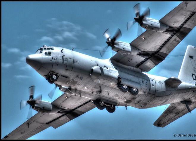 Mỹ đưa máy bay có khả năng chọc mù đối phương đến sát Triều Tiên - Ảnh 10.