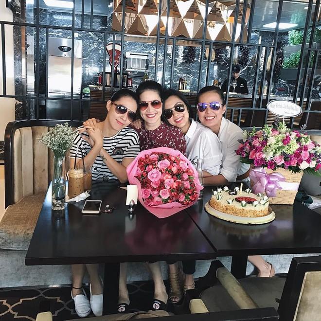 Những hội bạn thân nức tiếng showbiz Việt: Nhóm thân tới nỗi giống hệt nhau, nhóm lại lầy lội cứ xuất hiện là gây cười - Ảnh 4.