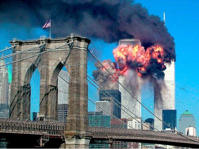23 bức ảnh nhuốm màu đau thương vụ khủng bố 11/9 - Ảnh 4.