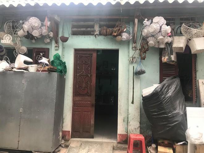 Hàng xóm lý giải nguyên nhân 2 tháng mới phát hiện thi thể nạn nhân phân huỷ trong nhà - ảnh 2
