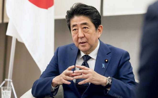 Trước sự kìm kẹp tứ bề, ông Abe quyết phá vòng vây cho Nhật Bản bằng nước cờ mạo hiểm