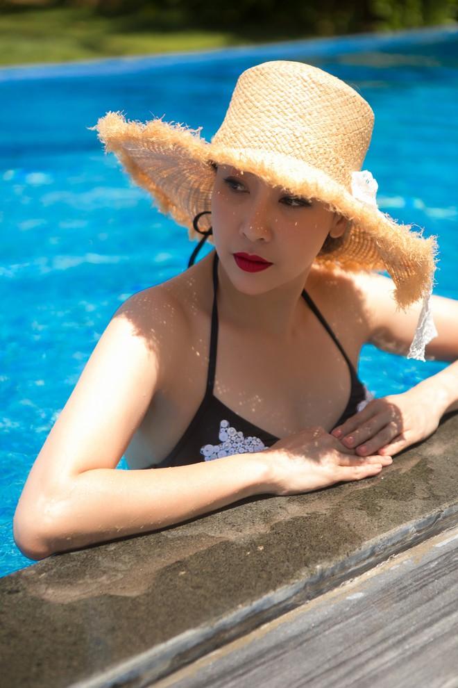 Ở tuổi 42, hoa hậu Hà Kiều Anh vẫn tự tin diện bikini nóng bỏng - Ảnh 12.