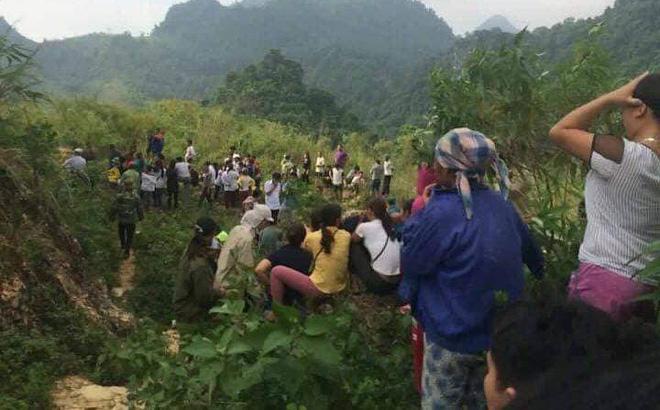 Hòa Bình: Phát hiện thi thể người đàn ông phân hủy dưới chân đèo Thung Khe