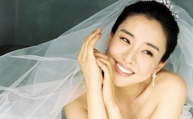 """Sau 10 năm kết hôn, mỹ nhân phim """"Nàng Dae Jang Geum"""" bất ngờ tuyên bố ly dị chồng doanh nhân"""