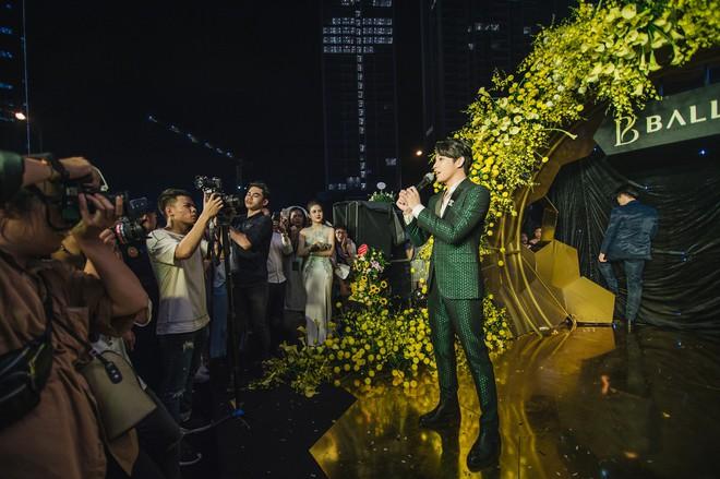 My Sói phim Quỳnh búp bê tự lái xe sang đi sự kiện, đóng băng trước Noo Phước Thịnh - Ảnh 3.