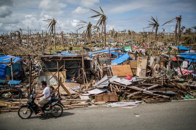 Washington Post: Sức mạnh quái vật của siêu bão Mangkhut nhấc bổng được chiếc Boeing 737 - ảnh 6