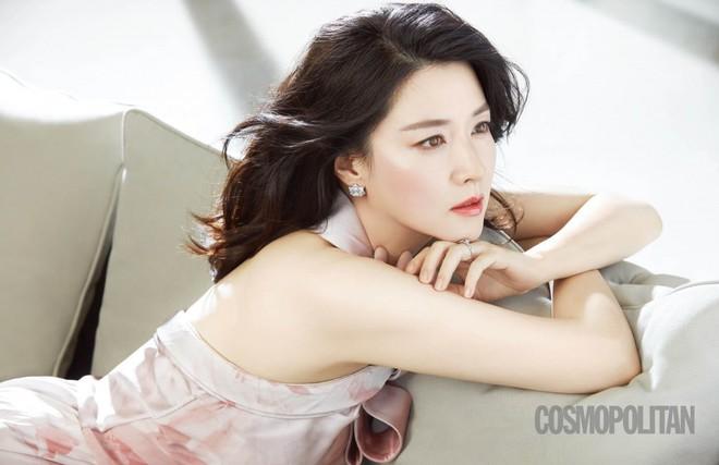 Dàn sao Nàng Dae Jang Geum sau 15 năm: Nữ phụ đổi đời, sao nhí lột xác, Mama Tổng quản ra đi vì ung thư - Ảnh 3.