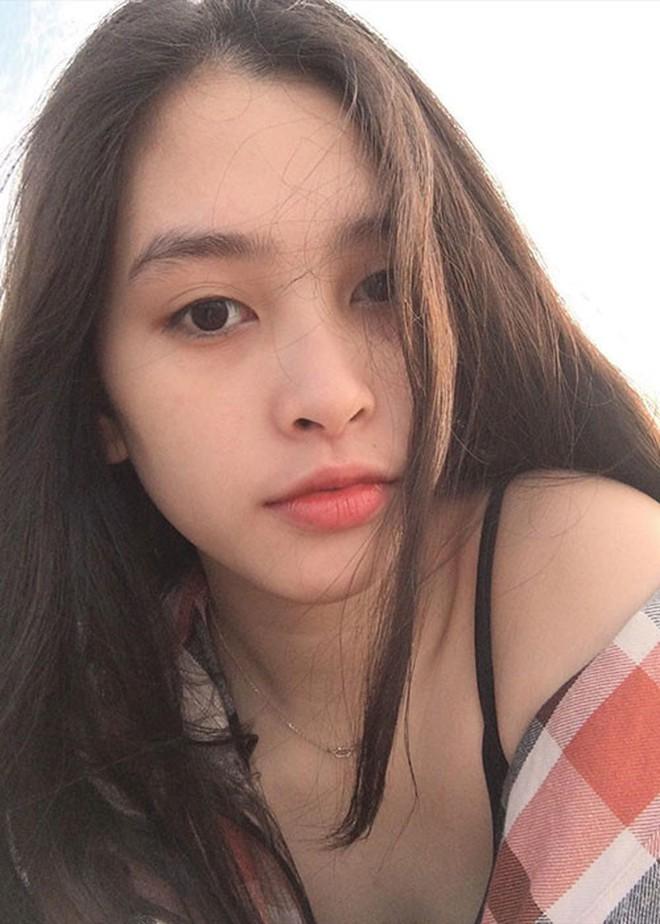 Tân Hoa hậu Việt Nam 2018 Trần Tiểu Vy: Thí sinh nhỏ tuổi nhất, vấp ngã khi thi Người đẹp biển - ảnh 12