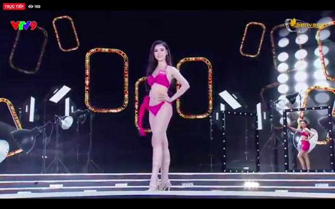 Chung kết Hoa hậu Việt Nam 2018: 25 thí sinh xuất sắc nhất trình diễn bikini bốc lửa - ảnh 11