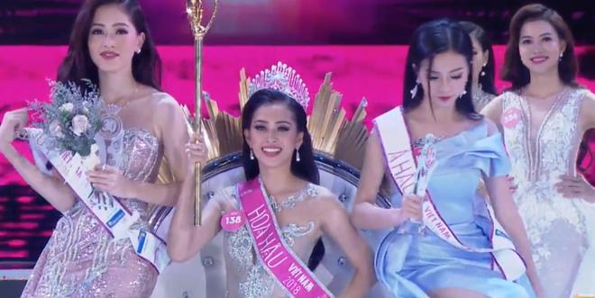 Tân Hoa hậu Việt Nam 2018 Trần Tiểu Vy: Thí sinh nhỏ tuổi nhất, vấp ngã khi thi Người đẹp biển - ảnh 1