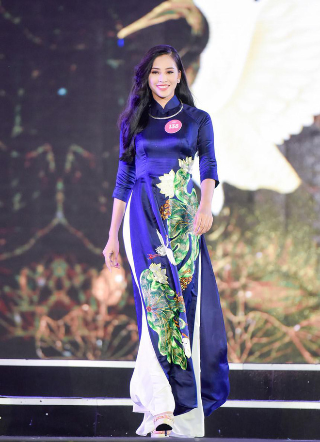 Tân Hoa hậu Việt Nam 2018 Trần Tiểu Vy: Thí sinh nhỏ tuổi nhất, vấp ngã khi thi Người đẹp biển - ảnh 3