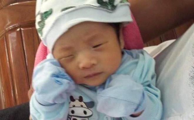 Phát hiện bé trai nặng 3,5 kg bị bỏ rơi trước cổng nhà dân ở Quảng Ninh