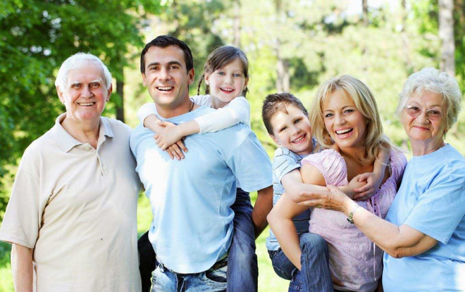 Nếu đã bước vào tuổi trung, cao niên, 10 điều này bạn cần biết để sống vui vẻ bên con cháu - Ảnh 8.