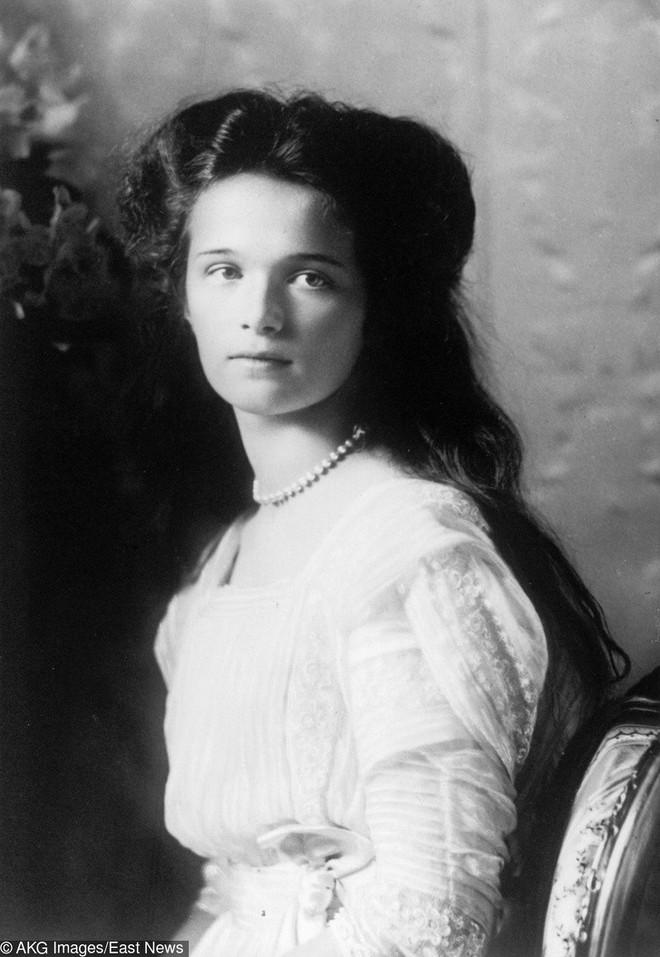 Những người phụ nữ đẹp nhất hơn 100 năm qua - có thể sẽ khiến bạn ngẩn ngơ! (P2) - Ảnh 1.