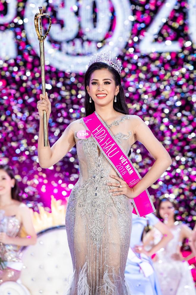 Muốn chiến thắng tại Miss World, Trần Tiểu Vy phải vượt qua các Hoa hậu nóng bỏng này - Ảnh 1.