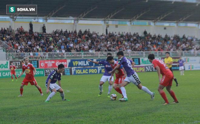 HLV Lê Thụy Hải: Các em HAGL phải cố gắng, nếu không, bị loại khỏi AFF Cup là bình thường!