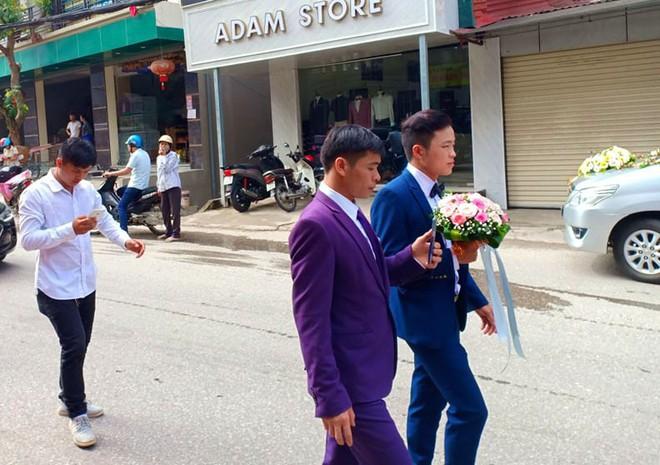 Cận cảnh lễ thành hôn đặc biệt của cô dâu 61 tuổi với chú rể 26 tuổi ở Cao Bằng - Ảnh 4.