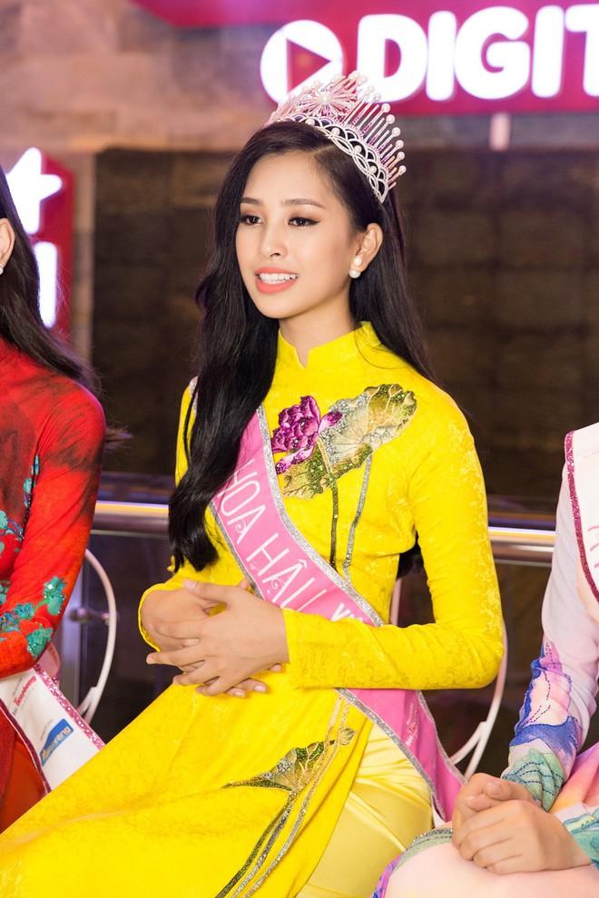 Không xin lỗi, không khóc lóc và điều hy hữu về Hoa hậu Trần Tiểu Vy - Ảnh 5.