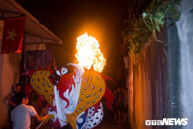 Độc đáo ngôi làng từ trẻ đến già đều biết múa sư tử, thổi lửa như nghệ sĩ xiếc - Ảnh 10.
