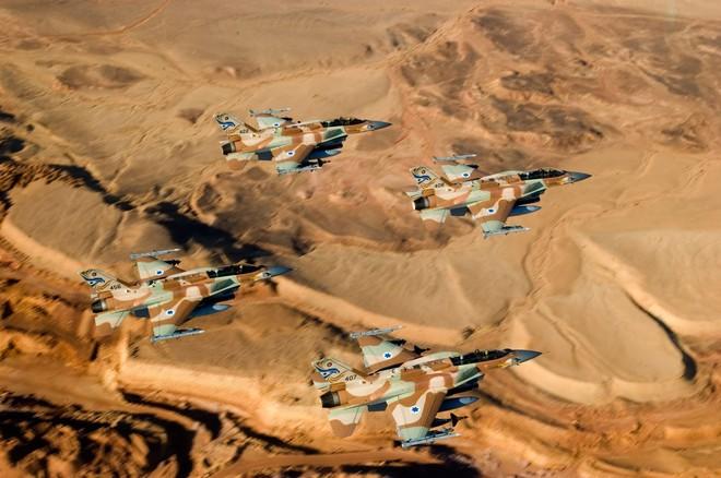 """Tiết lộ """"sốc"""": Syria ồ ạt nã tên lửa vào IL-20 Nga, Israel khẳng định sẽ còn đánh lớn - ảnh 1"""