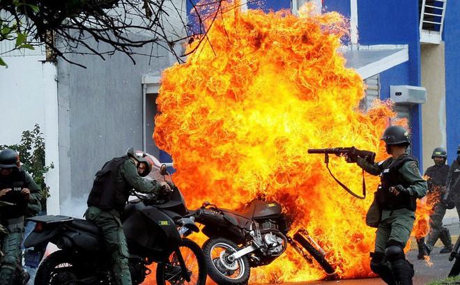 """Bloomberg: Can thiệp quân sự vào Venezuela sẽ là """"thảm họa"""", lính Mỹ không được chào đón"""