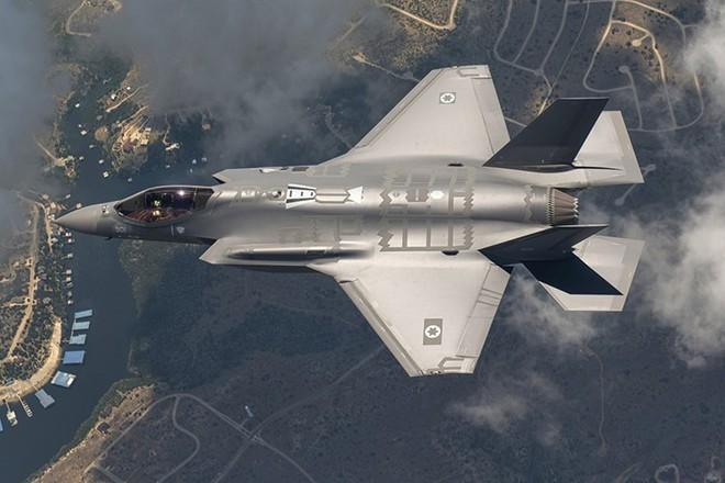Trời Syria thành hỏa ngục: Israel thách thức, quyết hủy hoại danh tiếng tên lửa S-300? - Ảnh 2.