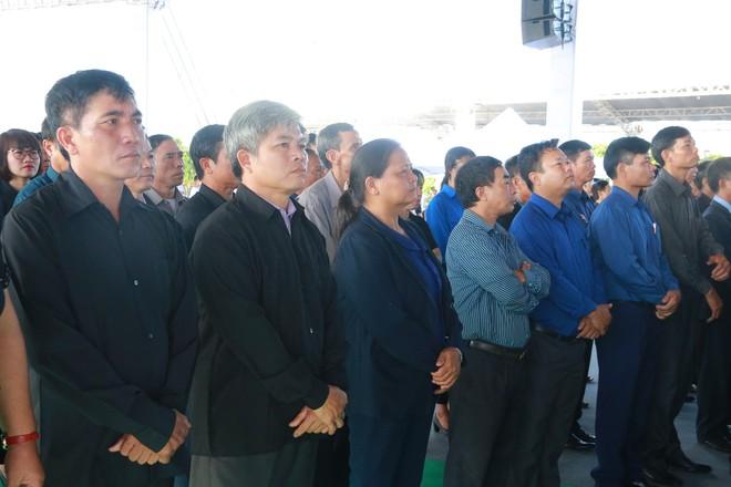 Hình ảnh lễ viếng Chủ tịch nước Trần Đại Quang tại quê nhà - Ảnh 12.