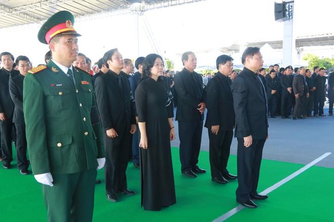 Hình ảnh lễ viếng Chủ tịch nước Trần Đại Quang tại quê nhà - Ảnh 14.