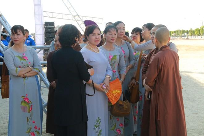 Hình ảnh lễ viếng Chủ tịch nước Trần Đại Quang tại quê nhà - Ảnh 17.