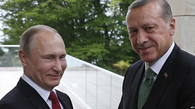 """Thảm kịch IL-20 Nga và """"trò chơi vương quyền"""" tại Syria - ảnh 1"""