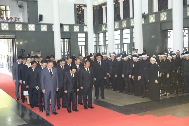 Thủ tướng Hàn Quốc ghi sổ tang: Chủ tịch nước Trần Đại Quang là nhà lãnh đạo cả thế giới tôn trọng - Ảnh 2.