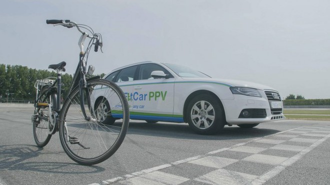 Xe ô tô lai xe đạp có thể giúp người lái đốt calo và giảm béo - Ảnh 2.