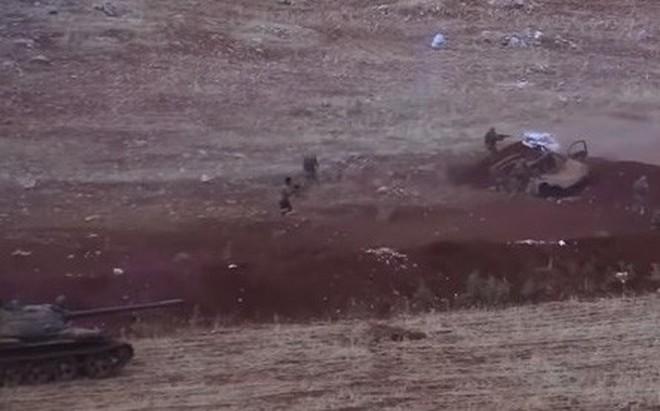 """Nga """"ra chiêu hiểm"""" ở Idlib, đòn tấn công chí mạng với thánh chiến Syria"""