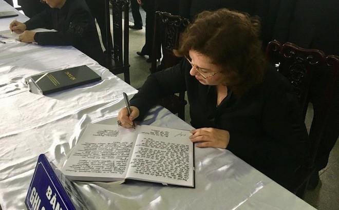 Phó chủ tịch Duma Quốc gia Nga ghi sổ tang: 'Chúng tôi đau buồn cùng nhân dân Việt Nam anh em!' 2
