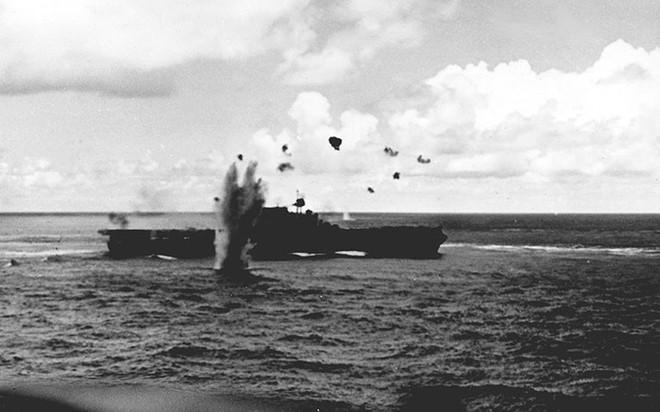 """Hành trình """"sống sót"""" của tàu sân bay USS Enterprise qua Thế chiến II - ảnh 4"""