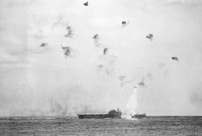 """Hành trình """"sống sót"""" của tàu sân bay USS Enterprise qua Thế chiến II - ảnh 7"""