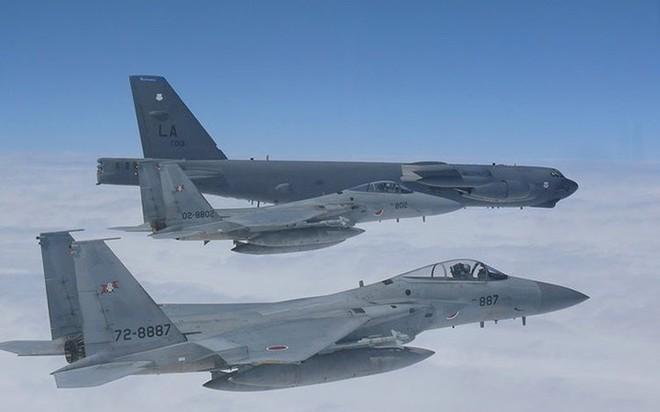 Ảnh: B-52 của Mỹ bay qua Biển Đông hai lần trong một tuần - ảnh 5