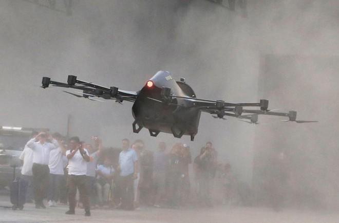 24h qua ảnh: Nhà sáng chế Philippines thử nghiệm ô tô bay - ảnh 2